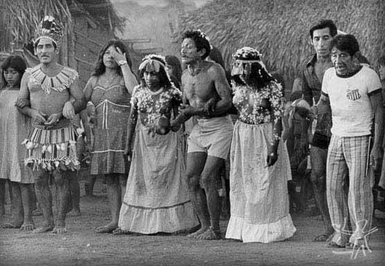 Brazilian rites and crenças Textile of Indians in Brazil Manifestaciones culturales América Latina