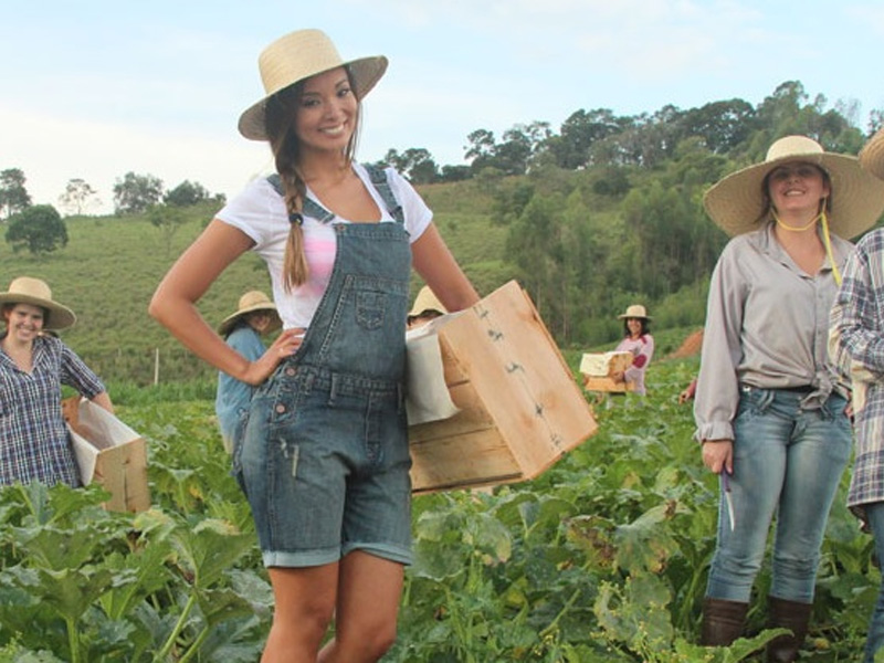 Mujeres del pueblo brasileño Noiva do Cordeiro