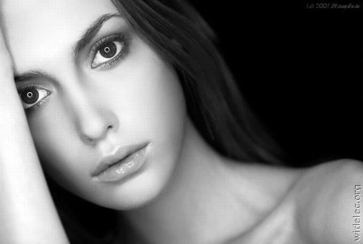 Rostros de mujer en Blanco y Negro 3