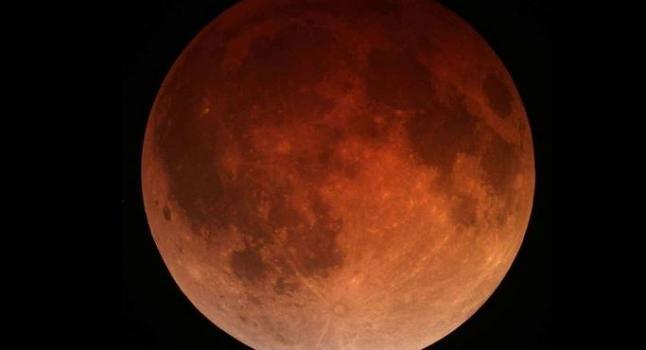 eclipse lunar total de luna roja